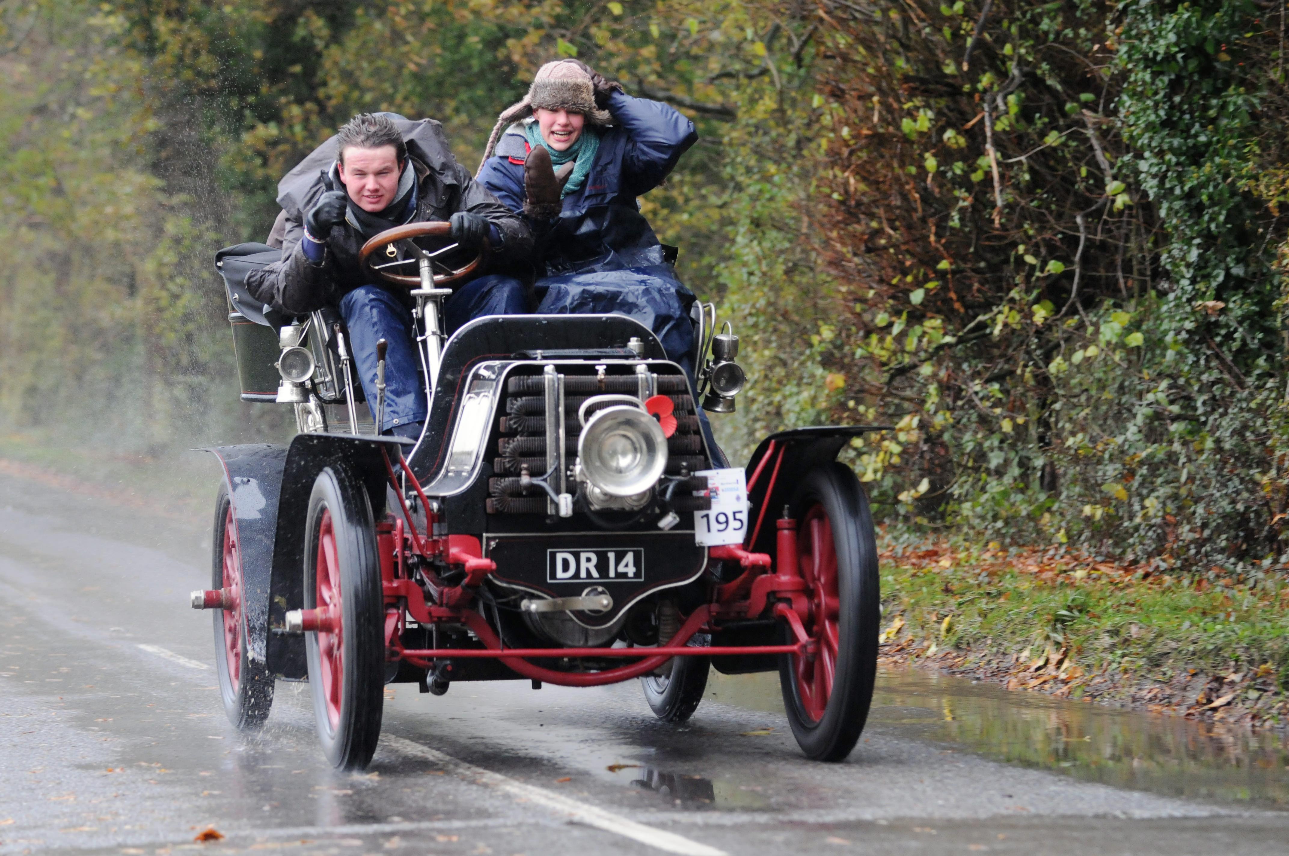 November 2012 : London to Brighton Veteran Car Run |