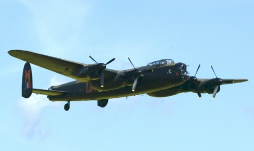 Lancaster-leads-magnificent-military-showcase-at-Croft-Nostalgia-Festival