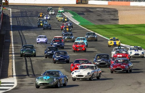 CURTAIN-COMES-DOWN-ON-ANOTHER-RECORD-BREAKING-SILVERSTONE-CLASSIC