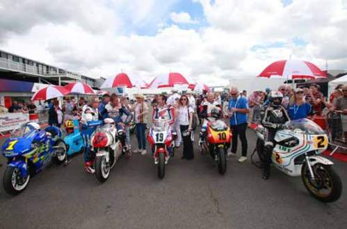 BIKE-LEGENDS-OUT-IN-FORCE-AT-SILVERSTONE