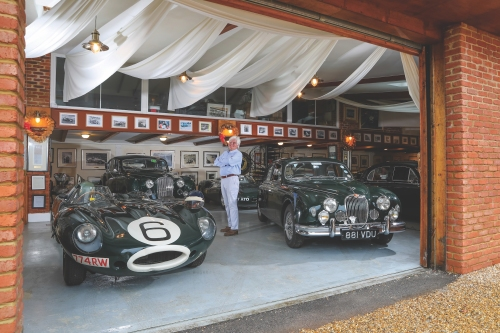 mike hawthorn display at race retro